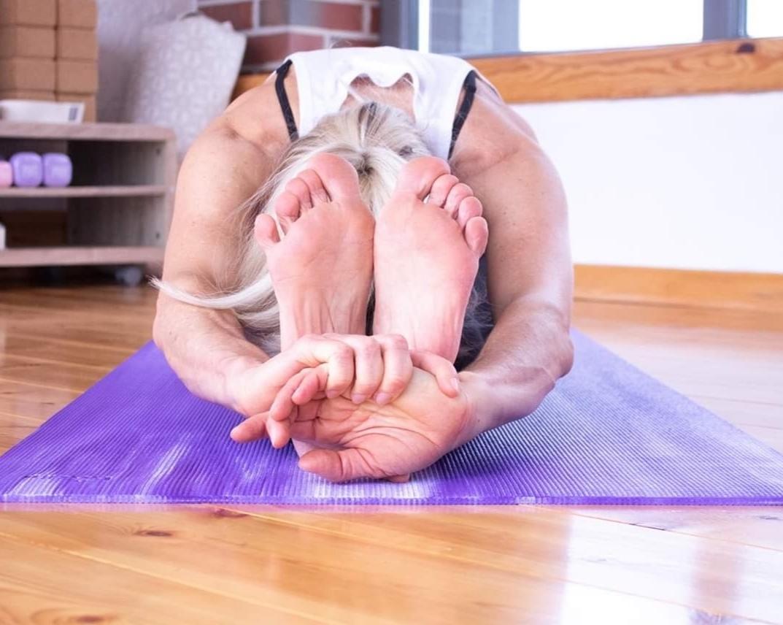 Yin-Yoga-Yoga-Nidra